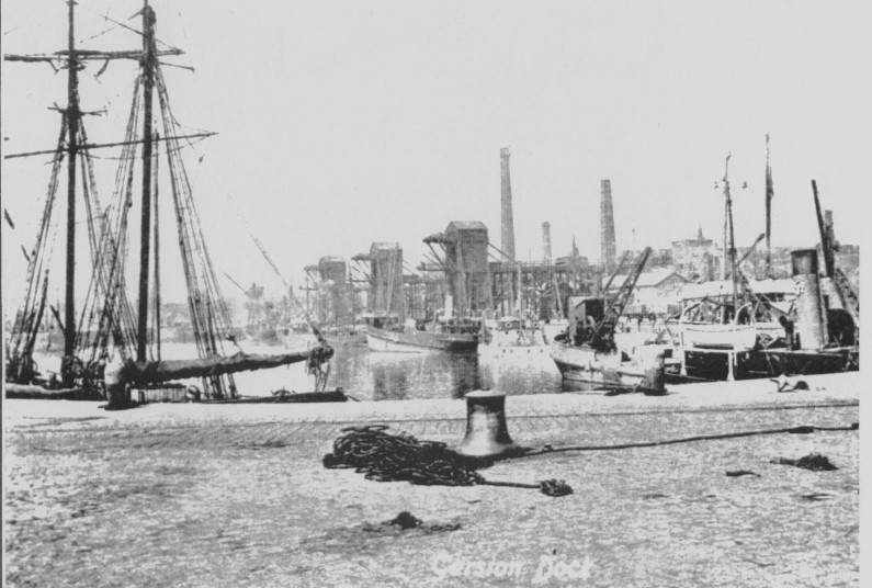 Photograph of Garston docks in the 20th century