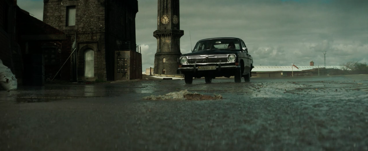 Screenshot from The City and the City