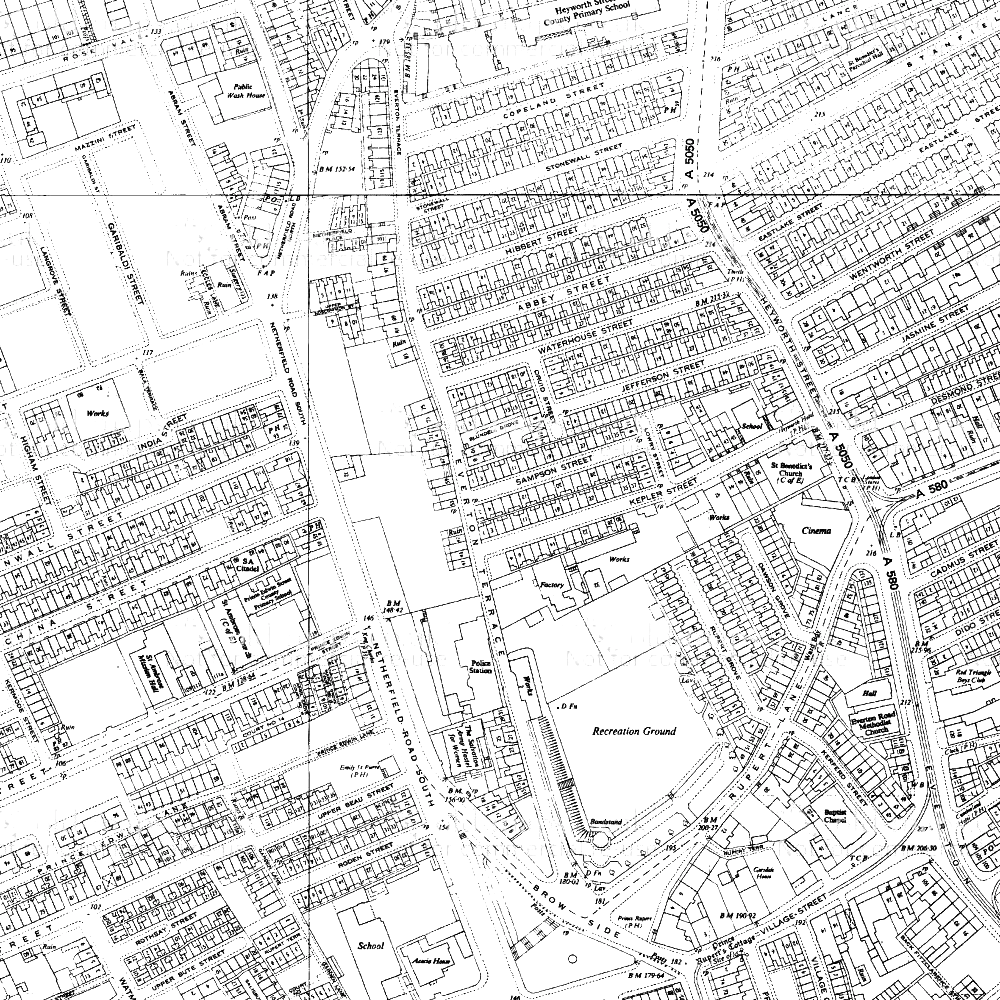 Extract from the 1964 Ordnance Survey map. Holes have appeared in the formerly dense fabric of Everton township